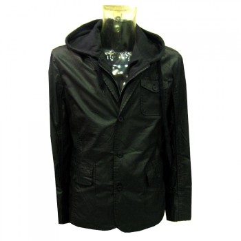 Chaqueta impermeable desmontable.